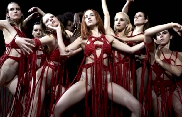 suspiria-remake-2018-dakota-johnson-1130815-1280x0